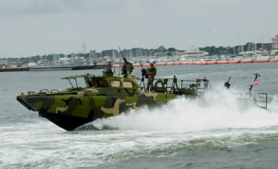 Marineforum - Flusskampfboot (Foto: US Navy)
