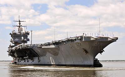 Marineforum - ENTERPRISE verlässt die Werft (Foto: US Navy)