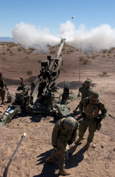 M777 on operation in the field.