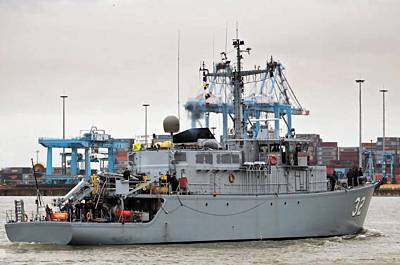 Marineforum - TSIBAR (Foto: Belg. Marine)