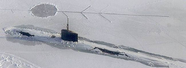 Marineforum - U-Boot ALEXANDRIA bei ICEX (Foto: US Navy)