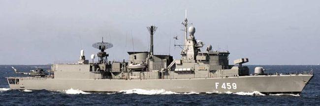Marineforum - Griechische Fregatte ADRIAS (Foto: Deutsche Marine)