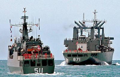 Marineforum - Thailändische Schiffe laufen aus (Foto: Bangkok Post)