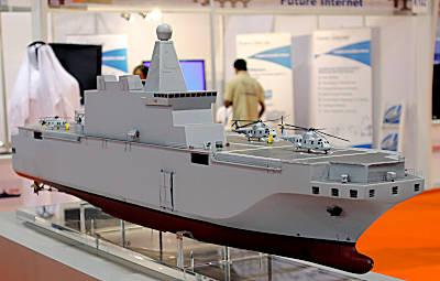 Marineforum - Von Fincantieri angebotener Hubschrauberträger  (Foto: Michael Nitz)Hubschrauberträger