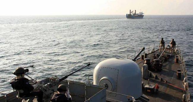 Marineforum - INFANTA CRISTINA sichert die PETRA I (Foto: span. Marine)