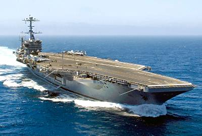 Marineforum - JOHN C. STENNIS (Foto: US Navy)