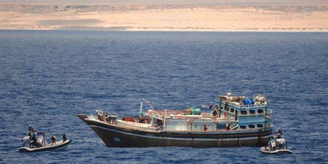 Marineforum - Kurz nach dem Feuergefecht vor der somalischen Küste (Foto: NATO)