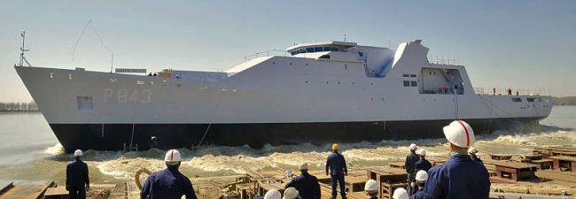 Marineforum - GRONINGEN rauscht zu Wasser (Foto: niederl. Marine)