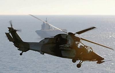 Marineforum - Kampfhubschrauber Tiger vor der TONNERRE
