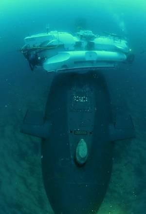 Marineforum - NSRS dockt an U-Boot an (Foto: franz. Marine)