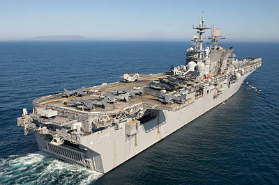 Marineforum - MAKIN ISLAND (Foto: US Navy)