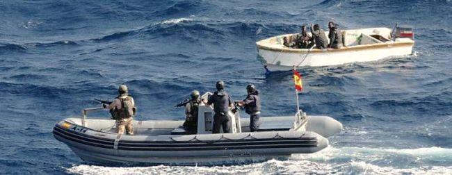 Marineforum - Piraten werden nach Angriff auf PATINO gestellt (Foto: EUNavFor)
